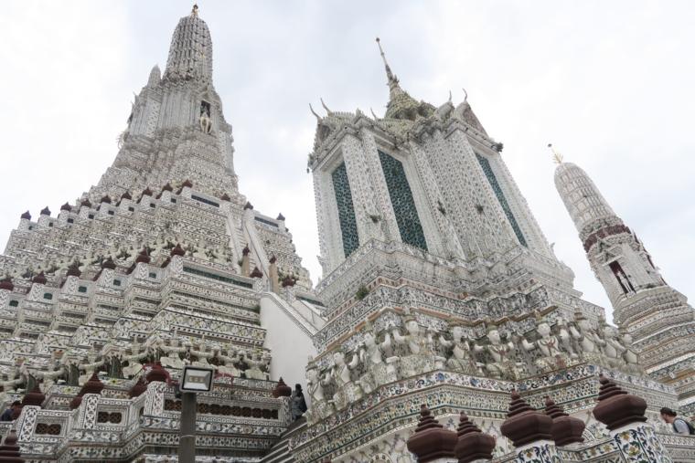 大仏塔と小仏塔
