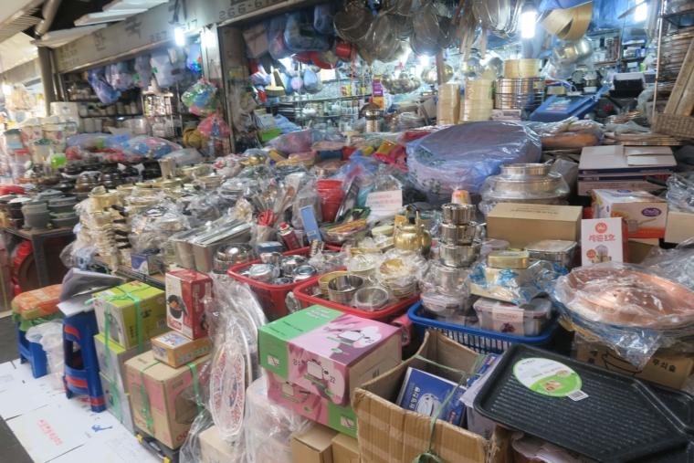 広蔵市場雑貨コーナー