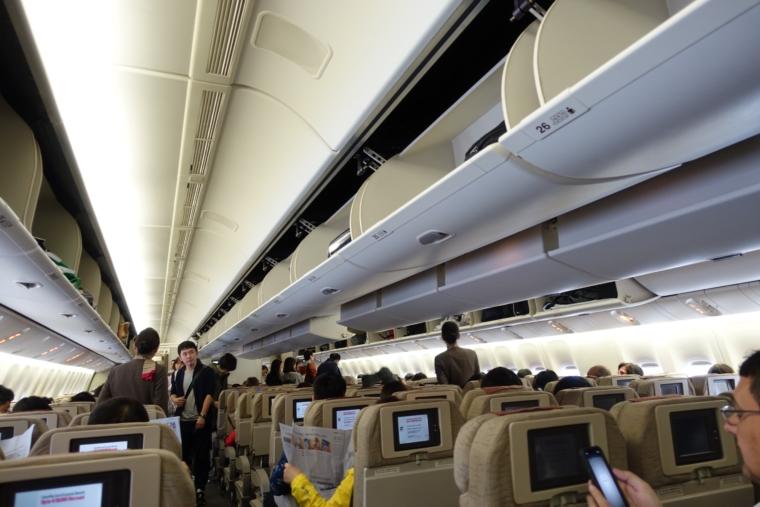 アシアナ航空機内