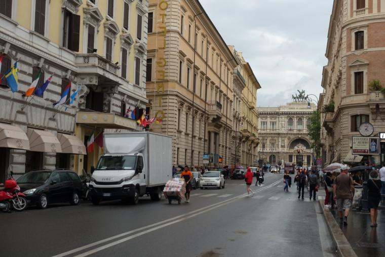 ナヴォーナ広場からカンポ広場へ2