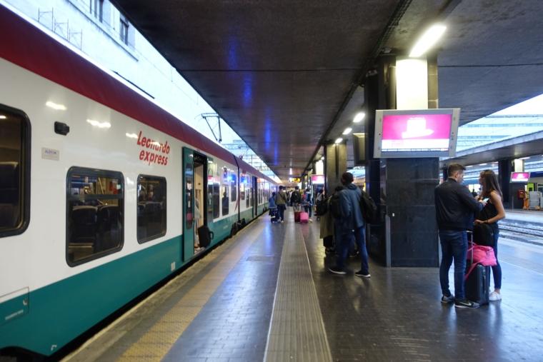 ローマテルミニ駅ホーム