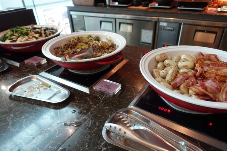 Matina Lounge food2