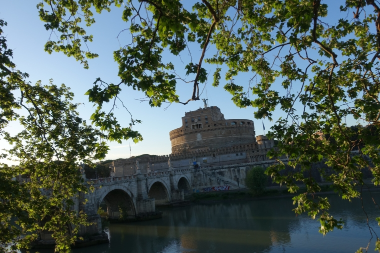 CastelSant'Angelo-fromroad