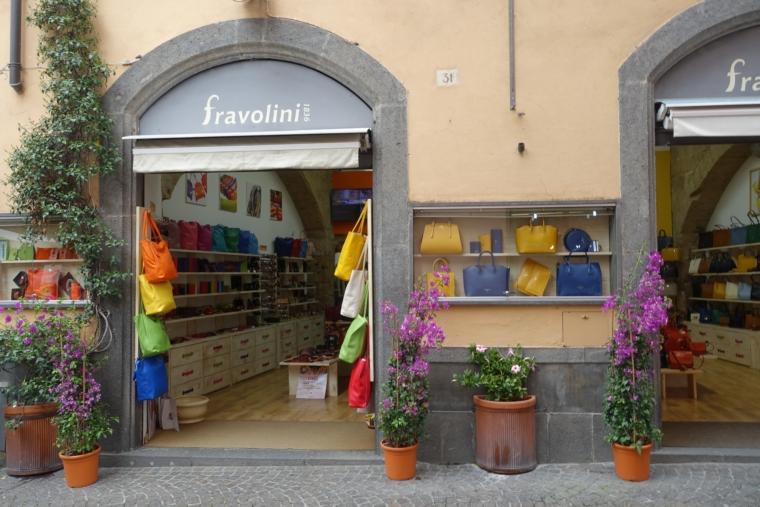 Via-del-Duomo-shop