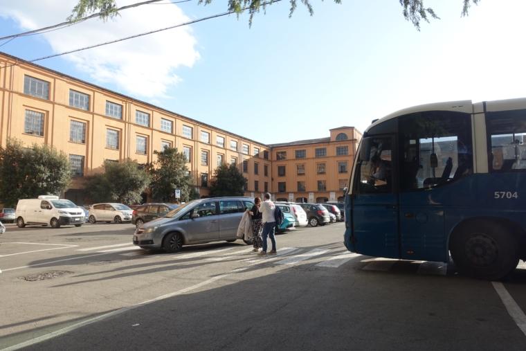 bus-stop-orvieto
