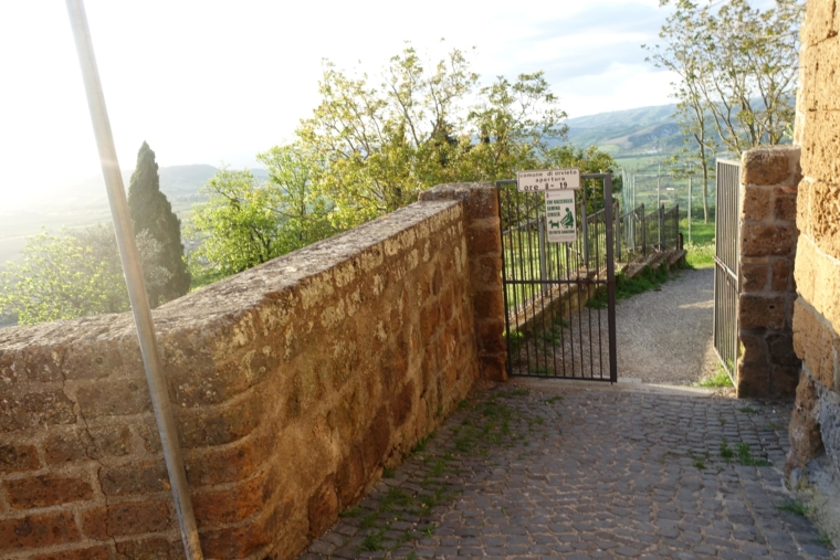 edge-of-orvieto (5)