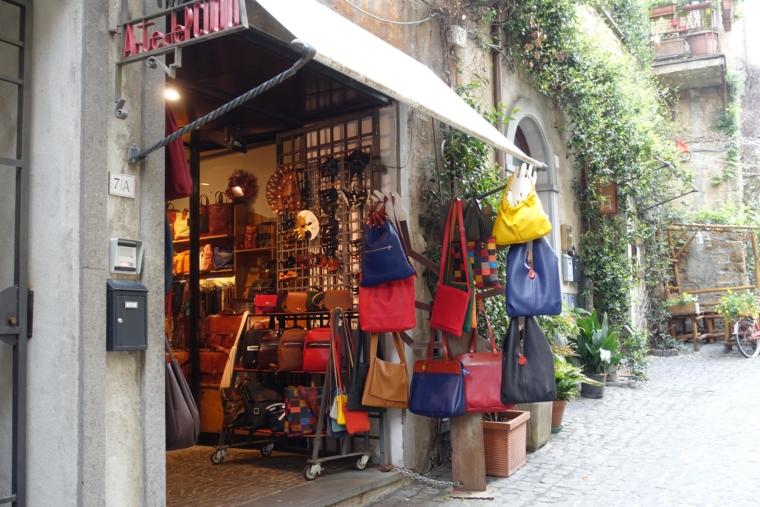 via-dei-Magoni-shop