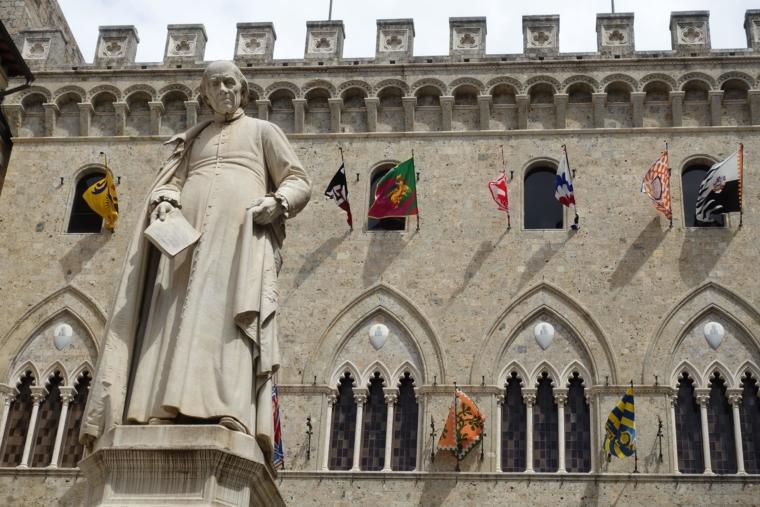 Palazzo-Salimbeni (3)