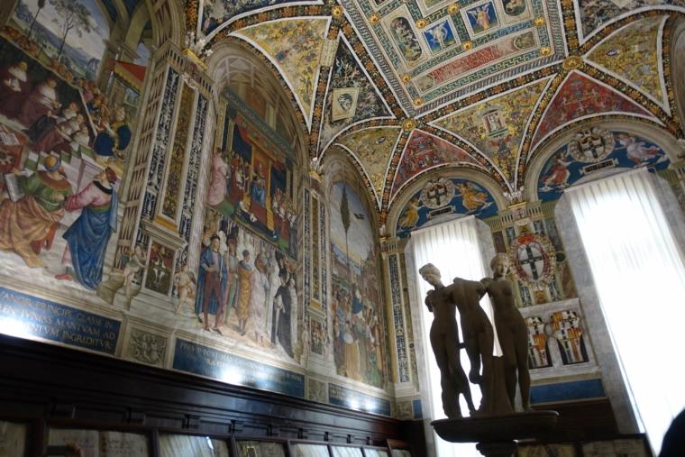 Biblioteca-Piccolomini